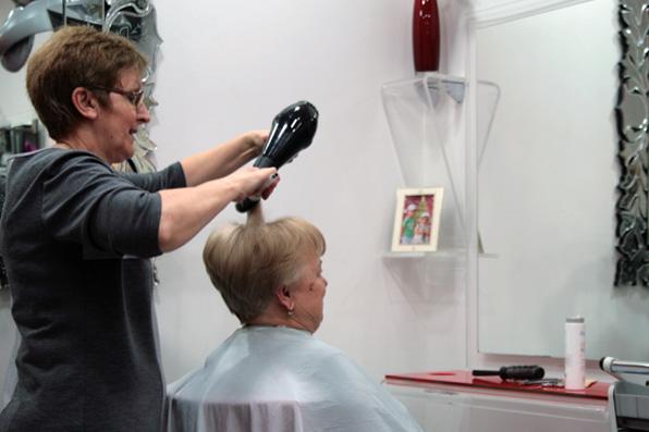 frizerski salon tom, barutanski jarak 7, zagreb slika 7